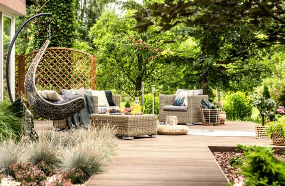 Arredo giardino tavolini salotti sedie e cuscini for Arredo giardino cuscini